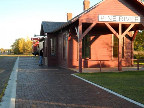 Historic Train Depot, Pine River
